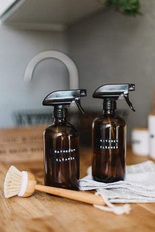 tea-tree-essential-oil-cleaner